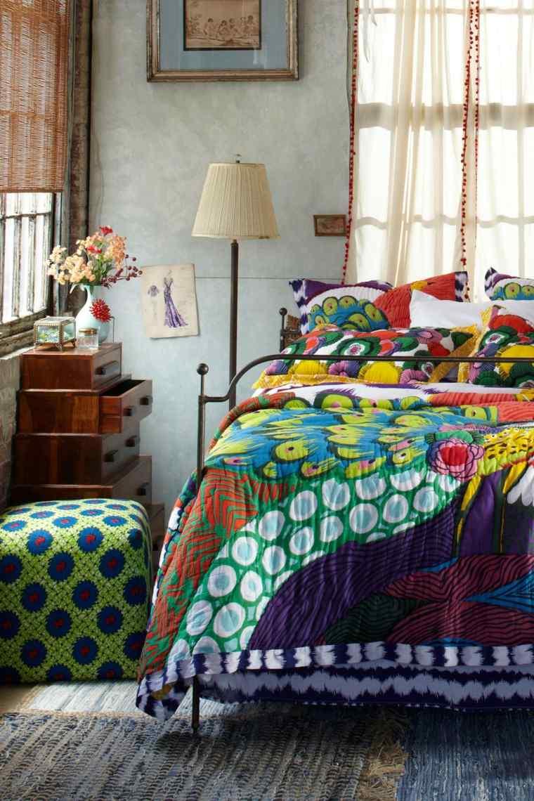 ropa cama de colores boho
