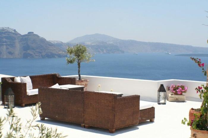 terraza muebles salones sombras flores