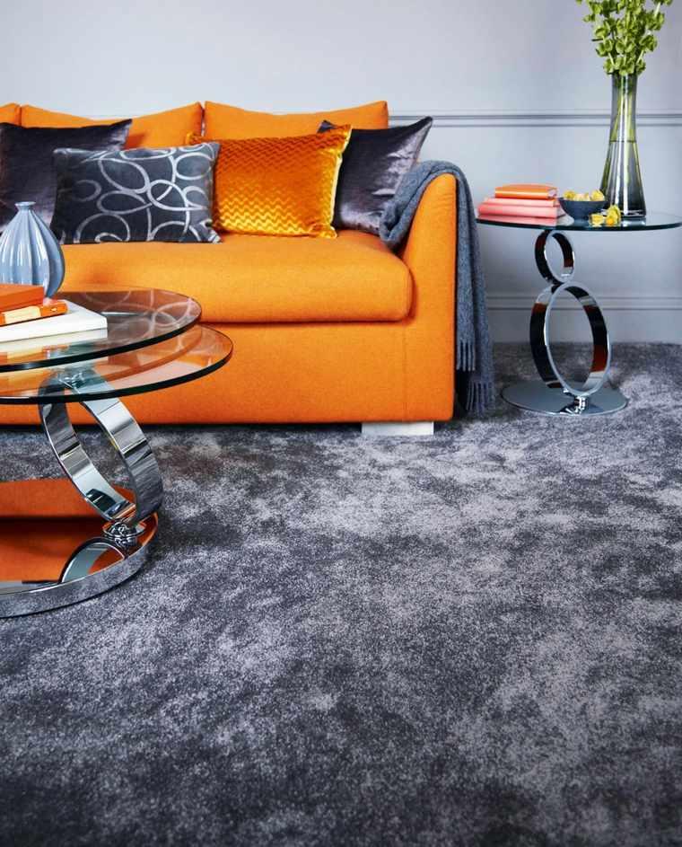 alfombra gris salón