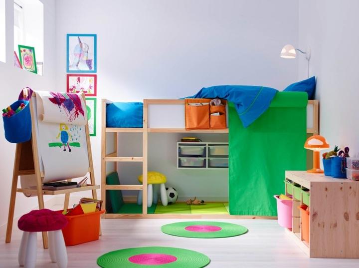 Almacenamiento en muebles funcionales para la habitación infantil