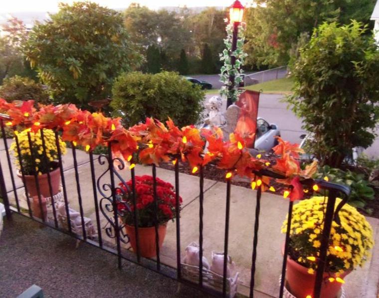 barandilla decorada el otoño