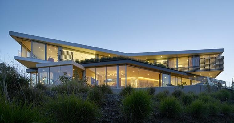 casa moderna en los ngeles con majestuosa escalera de