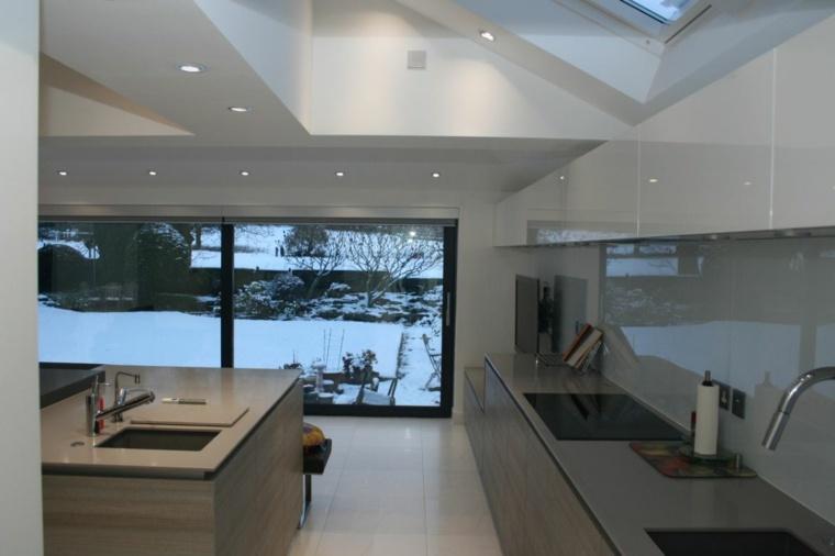 casas de vidrio personas modernas