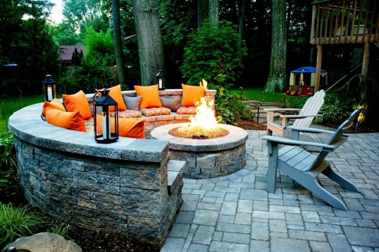 Pozos de fuego y chimeneas diy 24 dise os alucinantes - Chimeneas para jardin ...