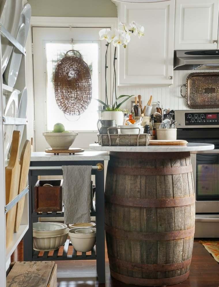 cocina-ideas-ahorar-espaco-mesita-estantes-abiertos