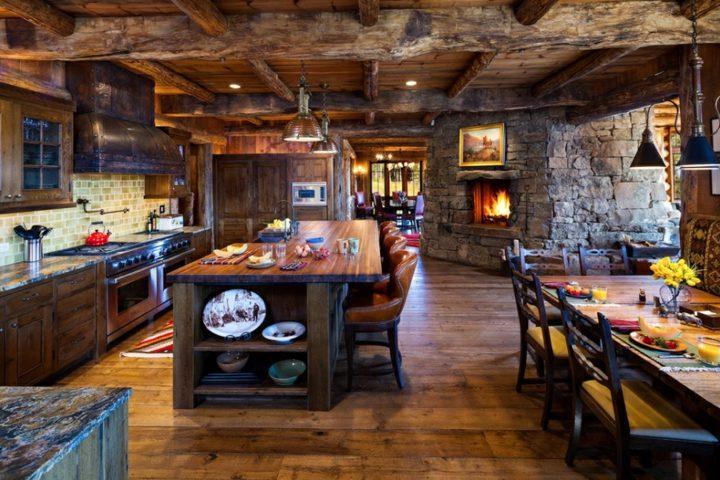 cocinas rusticas vigas madera piedra isla