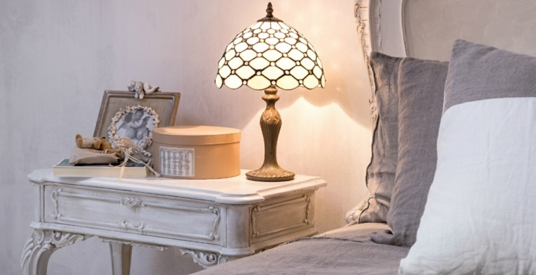 decoracion estilo shabby chic dormitorio mesita noche ideas