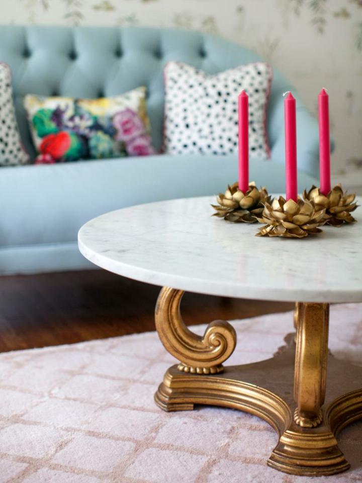 decoracion velas rojo dorados fuentes