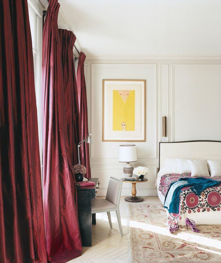 decorar un dormitorio de matrimonio cortinas rojas ideas