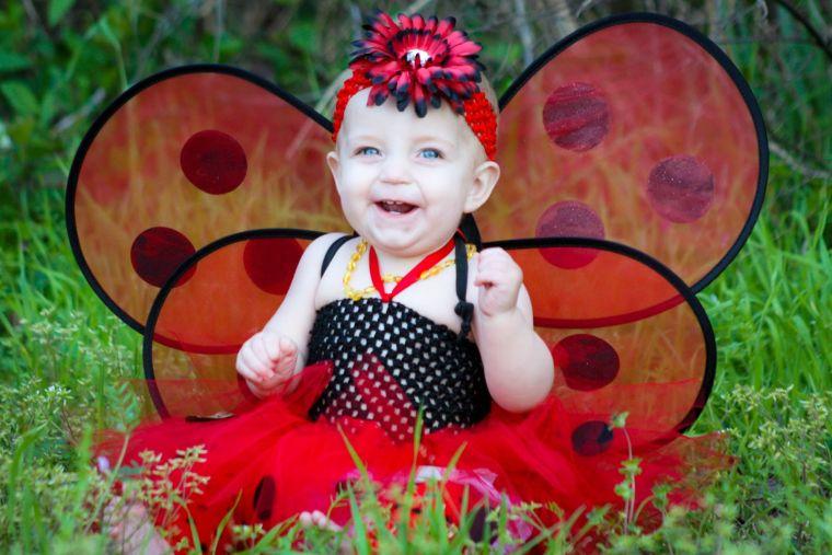 Disfraces para beb s 42 ideas para tu ni a - Disfraz de mariquita bebe ...