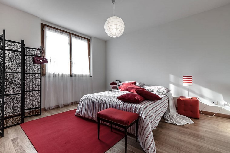 dormitorio principal minimalista diseno toques rojo ideas