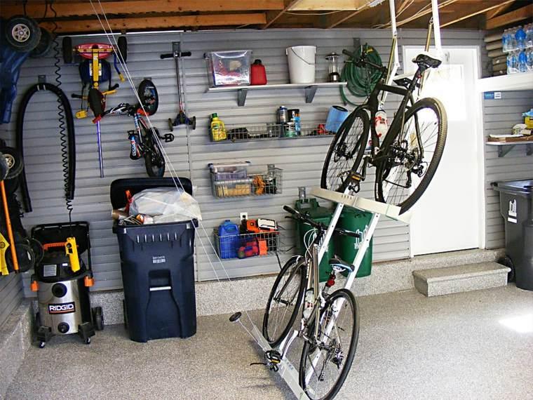 Garaje consejos e ideas pr cticas para su organizaci n for Guardar bicicletas en el jardin