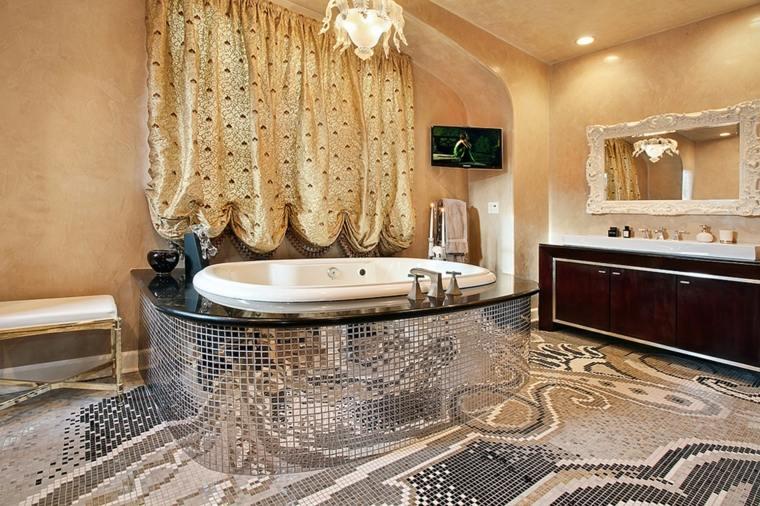 Un mosaico colocado en la pared del espejo y del lavabo para decorar