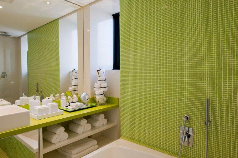 mosaicos para baños verde