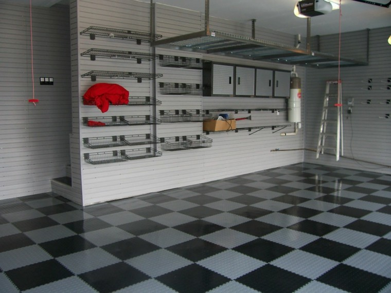 organizacion garaje consejos espacio suelo blanco negro ideas