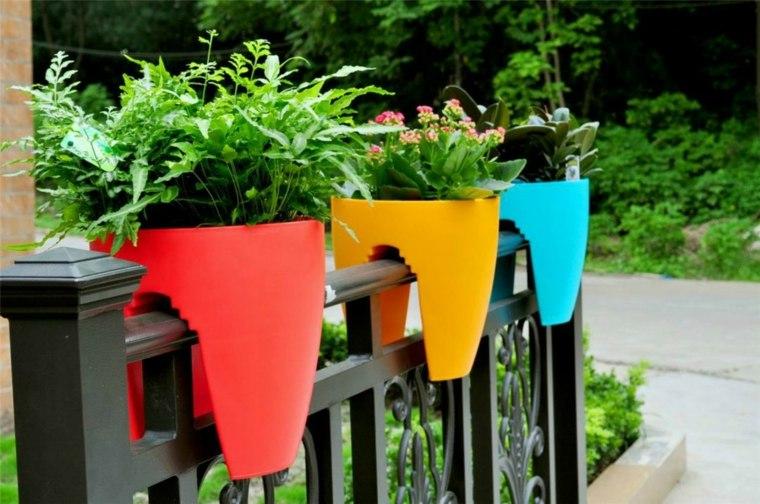 Terrazas decoradas con plantas ideas originales - Macetas originales para plantas ...