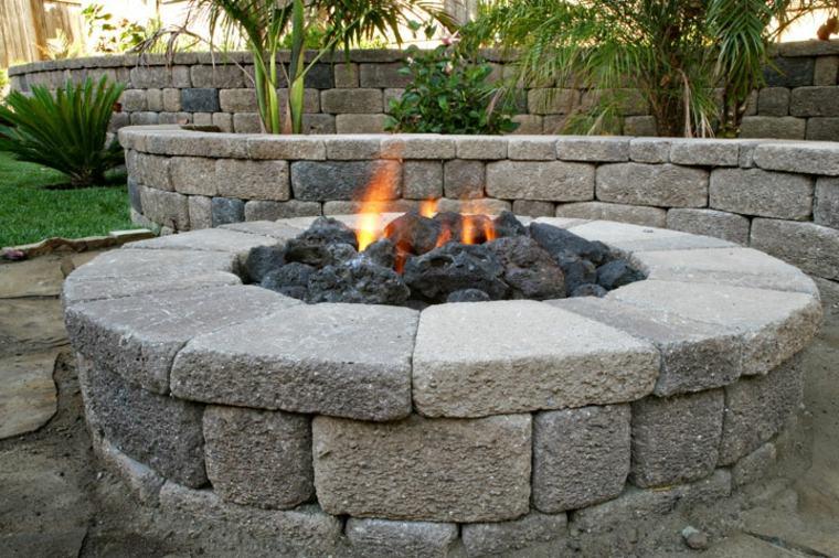 pozo chimenea piedra jardín