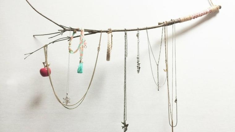 rama arbol percha para collares