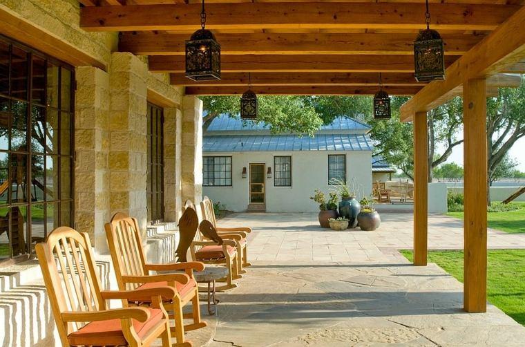 Iluminacion exterior ideas impactantes con linternas for Costruttori di case in stile ranch in texas
