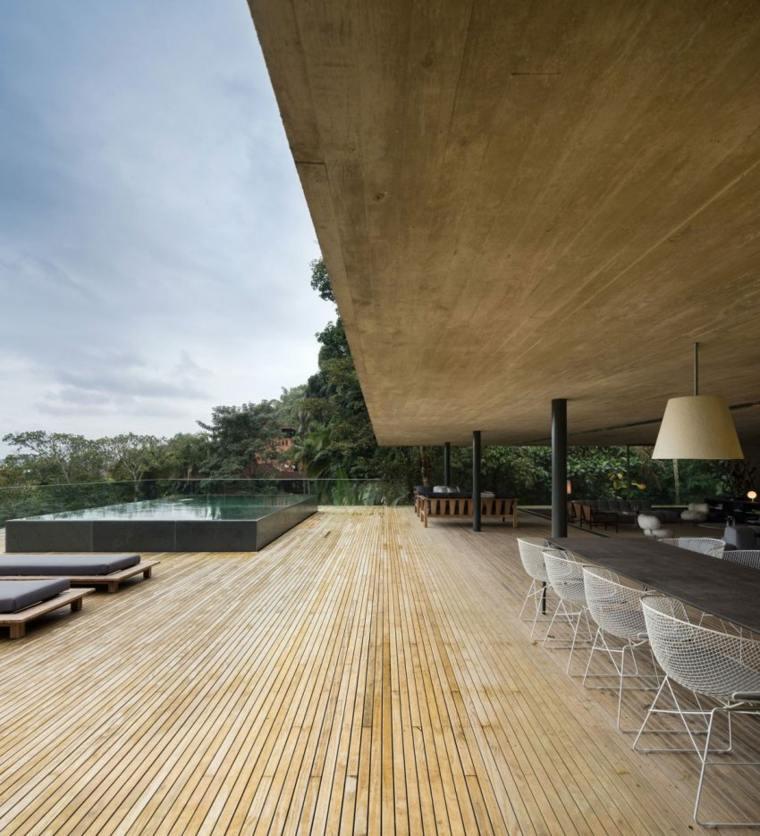 terraza piscina muebnes acogedores suelos