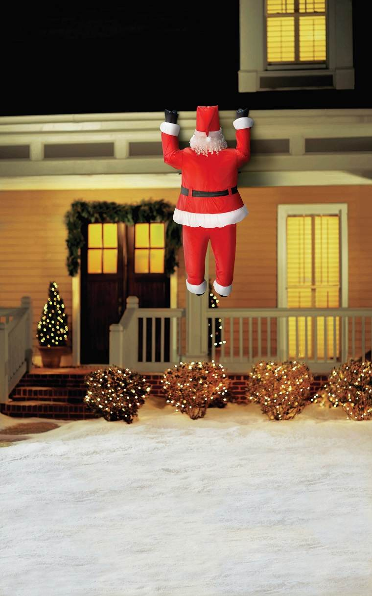 Adornos navide os bellos y elegantes para el exterior for Decoracion de balcones navidenos