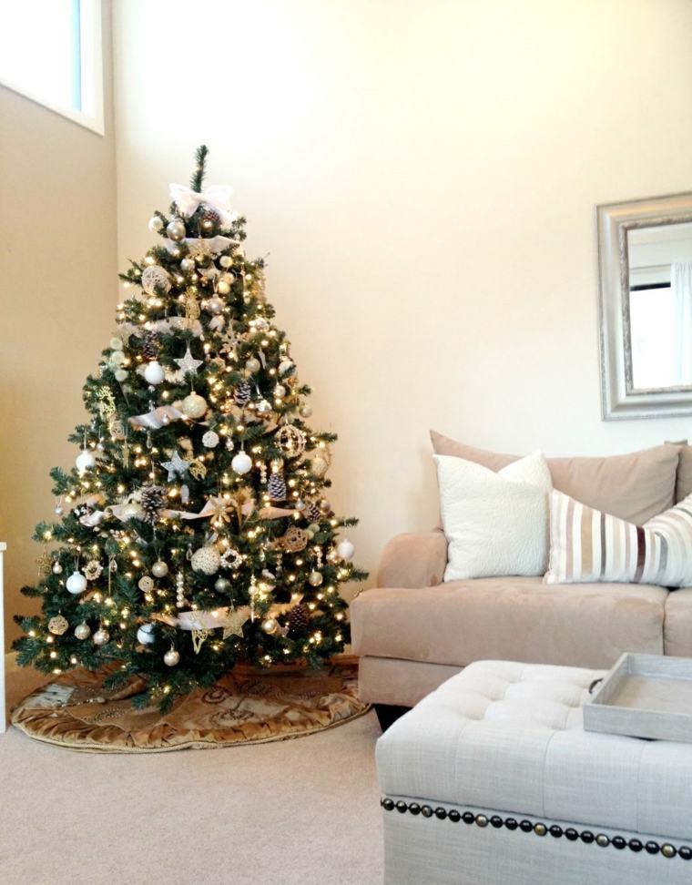 Rboles de navidad decorados ideas interesantes for Arboles para interior casa