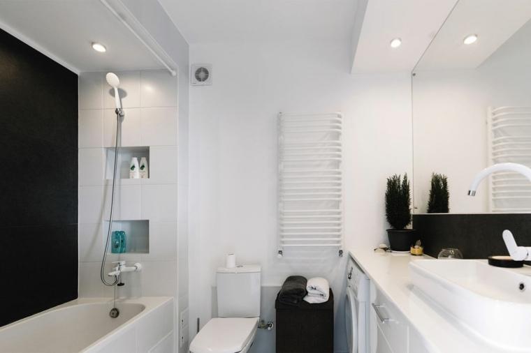 bano pequeno moderno blanco banera pared negra ideas