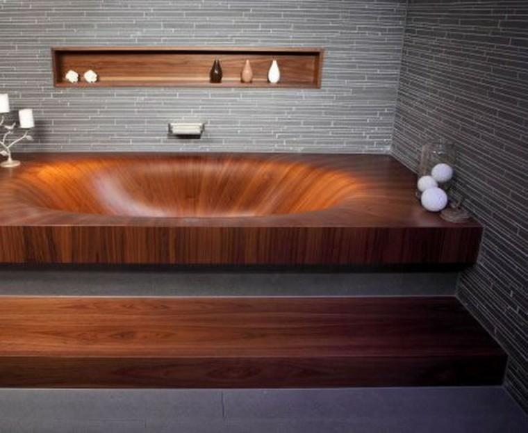 Baños Rusticos Elegantes:Un lavabo muy moderno y original de madera para un baño rústico en