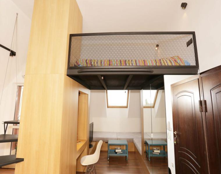 cama-planta-alta-escaleras