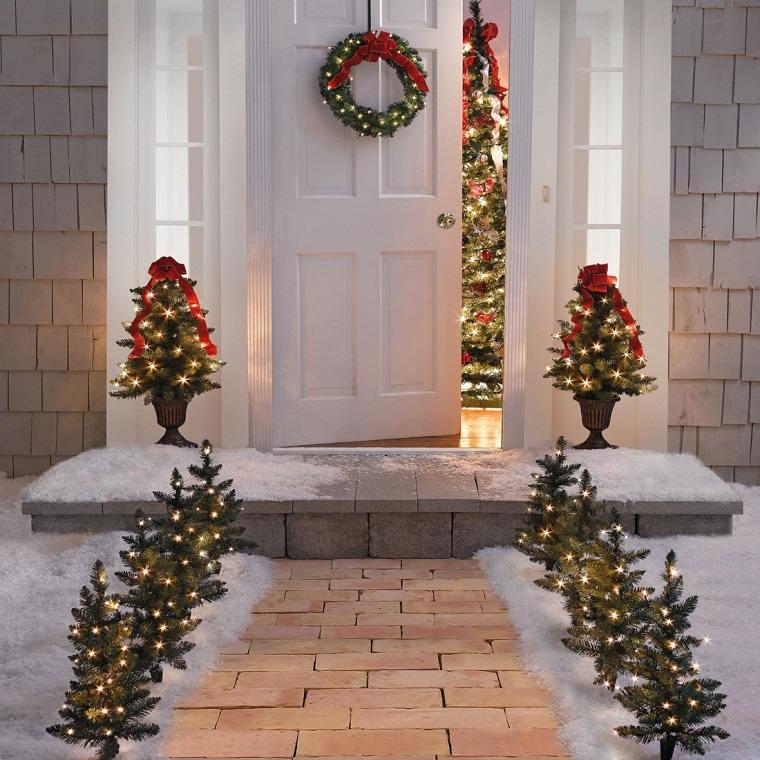 camino jardin arboles navidad pequenos luces ideas