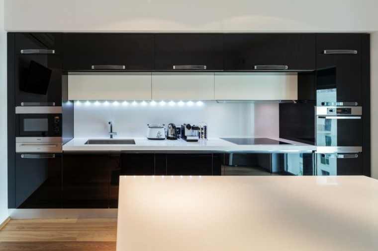 cocina disenada studio 1408 blanco negro ideas