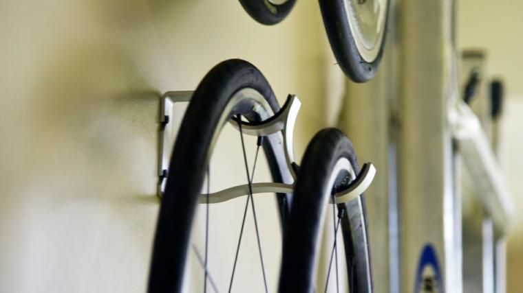 colgar bici pared