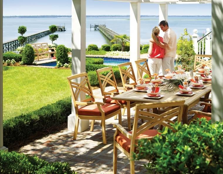 Decorar porche e ideas de muebles de exterior modernos for Mesa porche