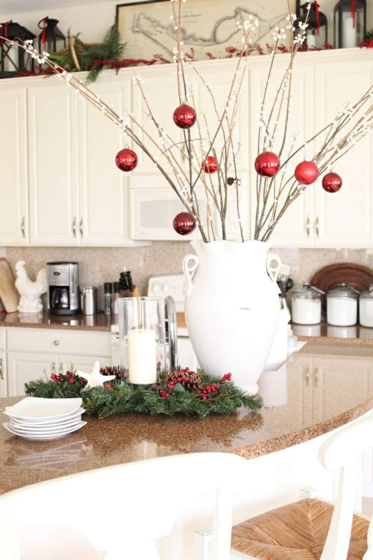 decoración comedor bolas ramas