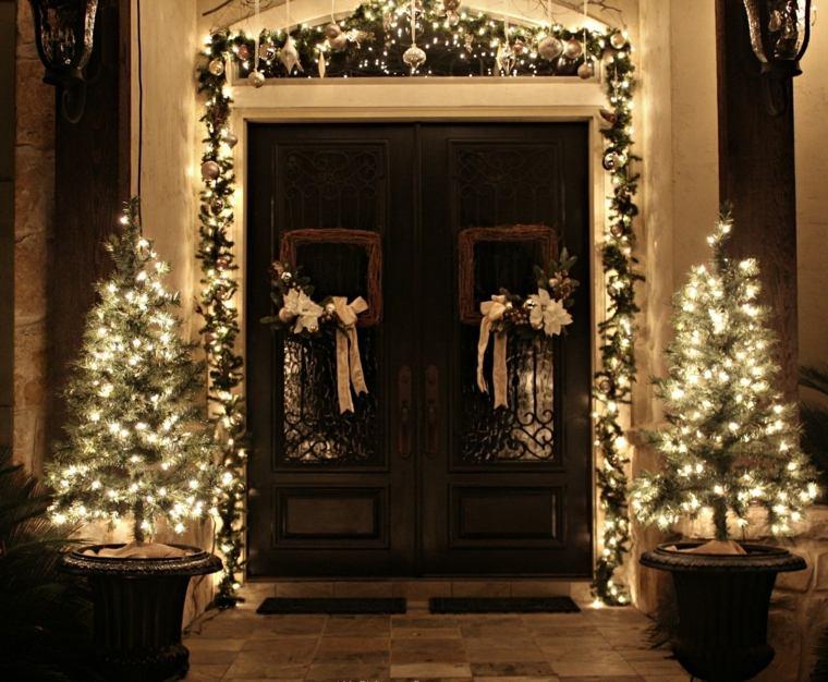 decoración de puertas entrada navidad