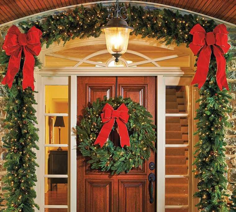 decoración de puertas madera