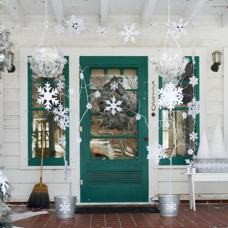 decoración para puertas navideñas