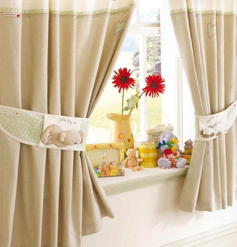 decorar con cortinas pequeñas