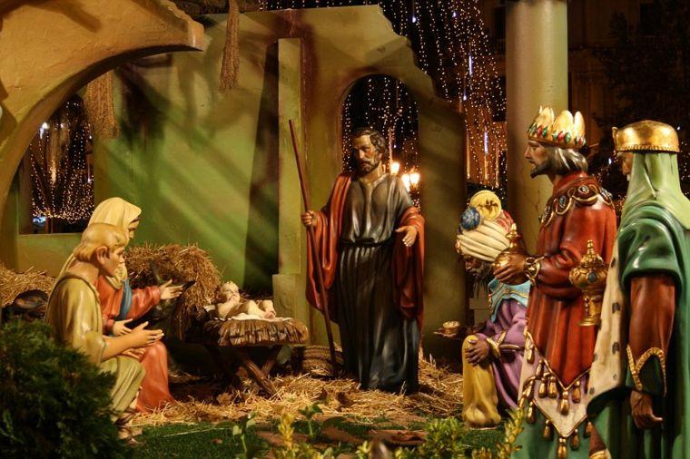 decorar en navidad figuras