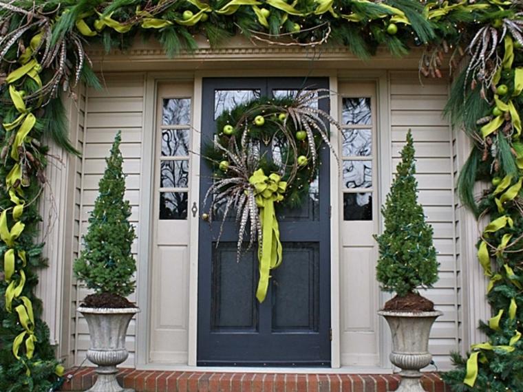 decorar una puerta entrada