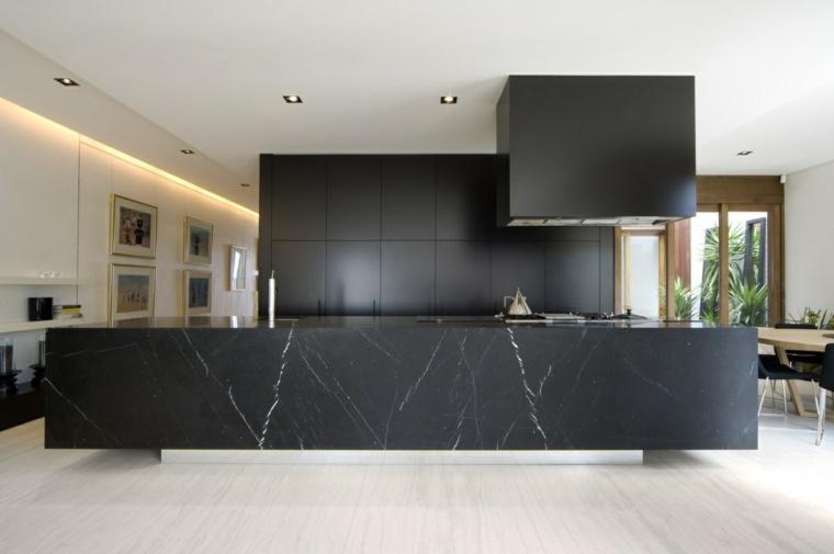 disenar cocinas muebles negros isla larga marmol ideas