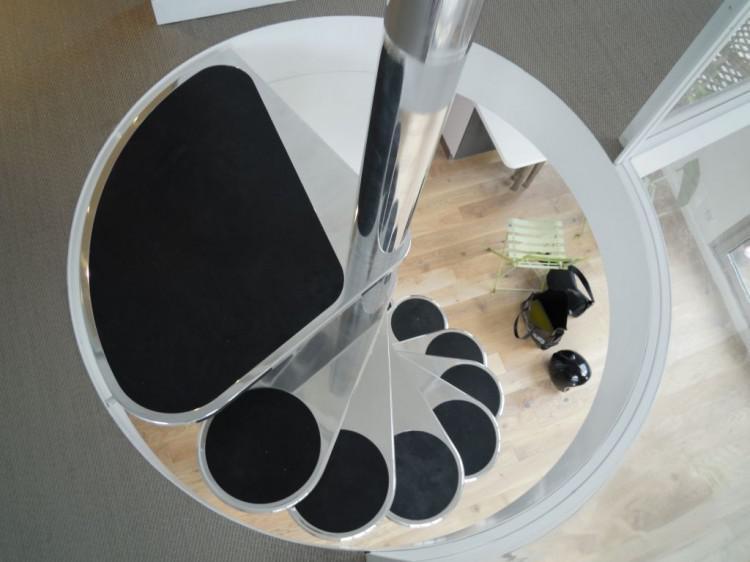 diseno original escaleras caracol modernas