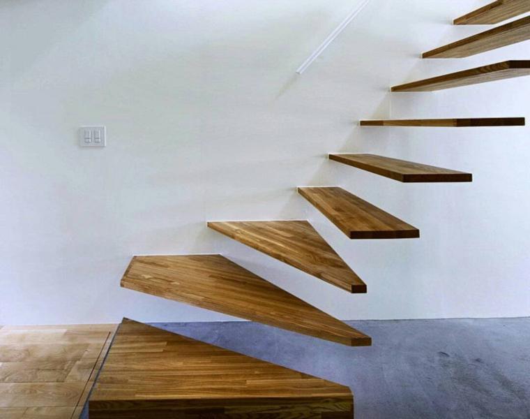 escalera peldaños suspendidos madera