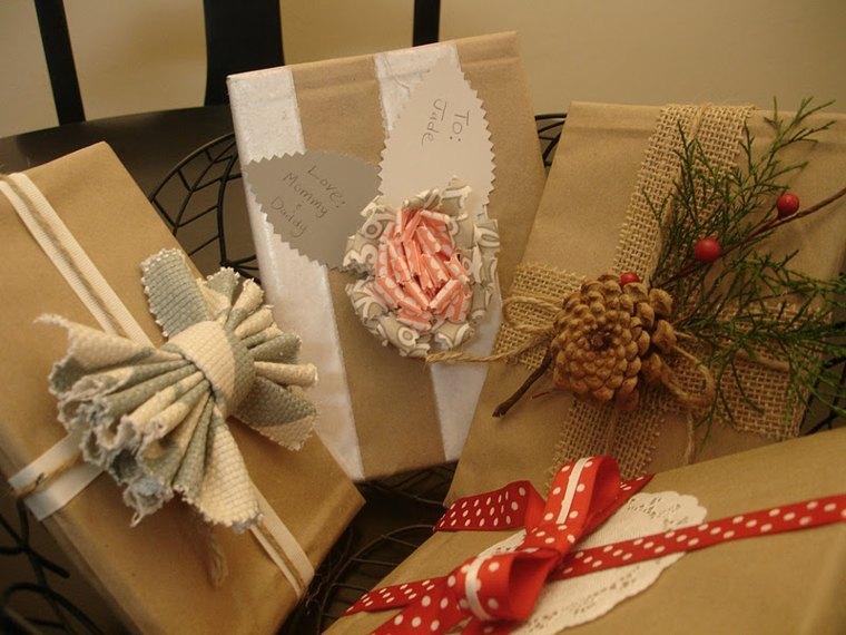 formas de envolver regalos navideños