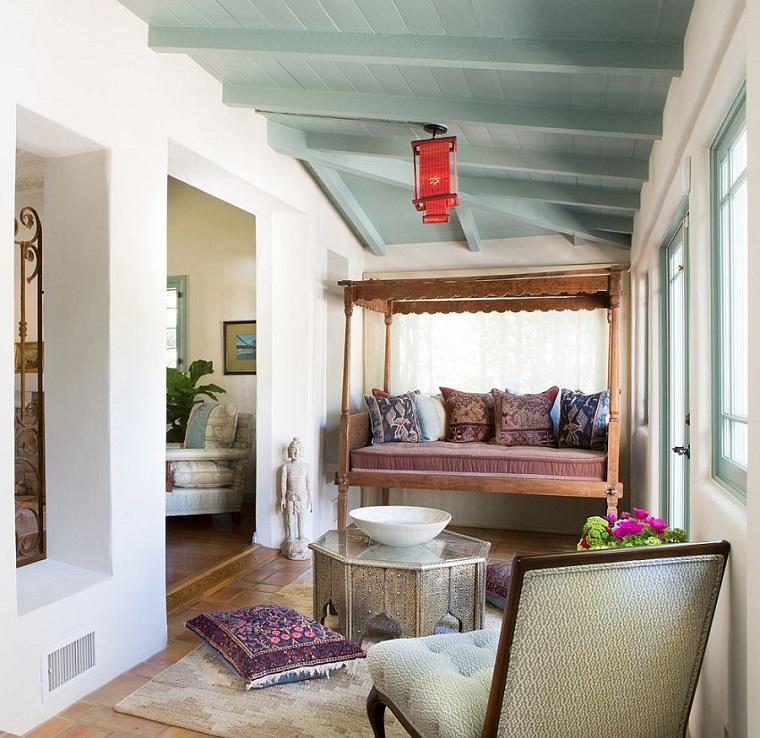 Ideas para decorar 34 espacios con techos muy atractivos for Ideas para decorar techos interior