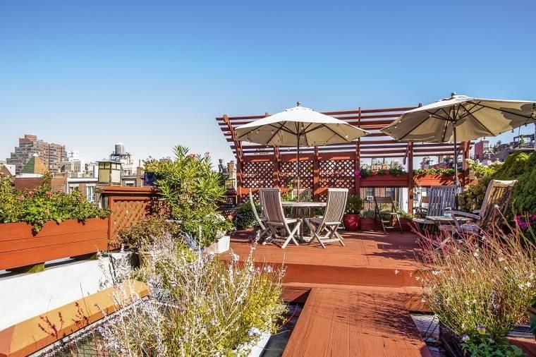 ideas para decorar terraza plantas muebles teca estilo moderno