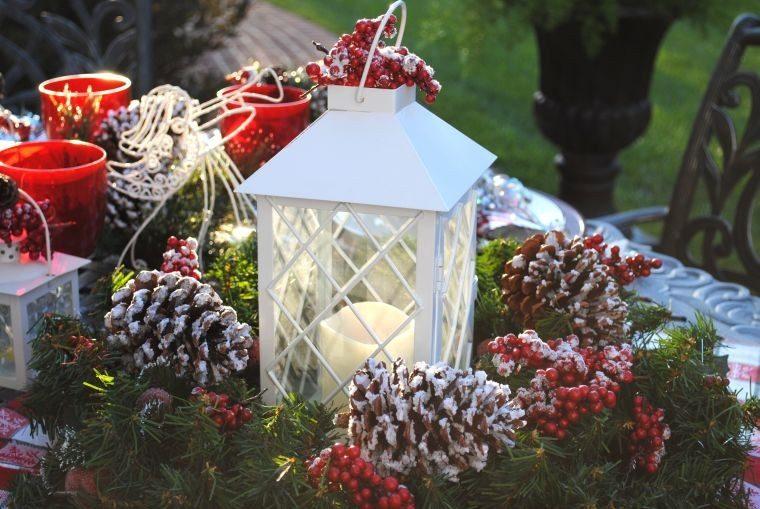 Adornos navide os bellos y elegantes para el exterior for Decoracion de la pared para el exterior