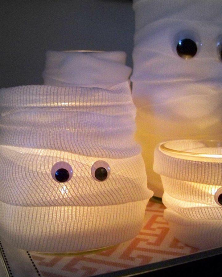 momia envases cristal ojos salones