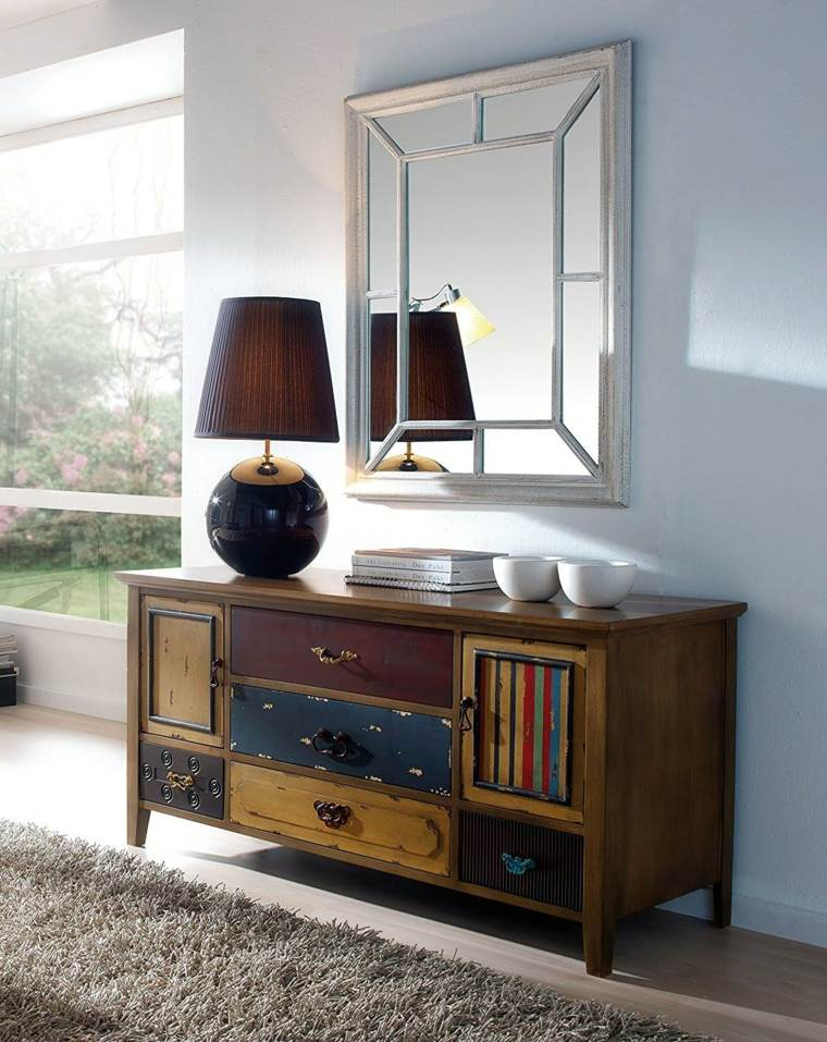 como combinar muebles antiguos con accesorios modernos