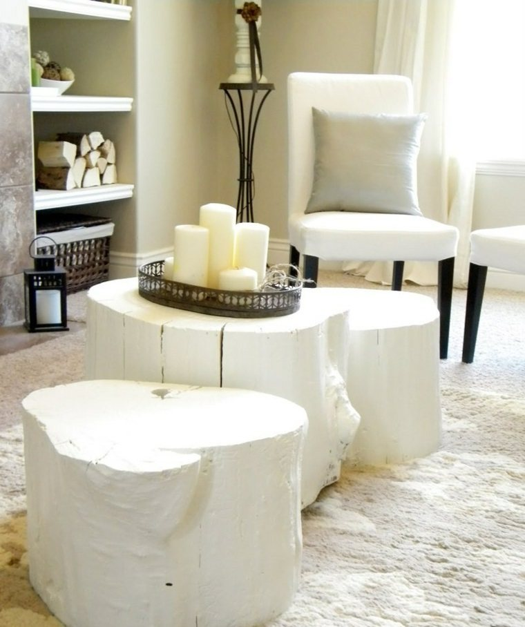 muebles de madera mesita pintadas blanco troncos ideas